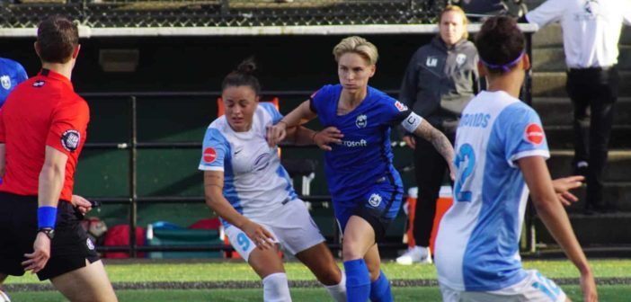 Reign FC entertain the Pride in Seattle