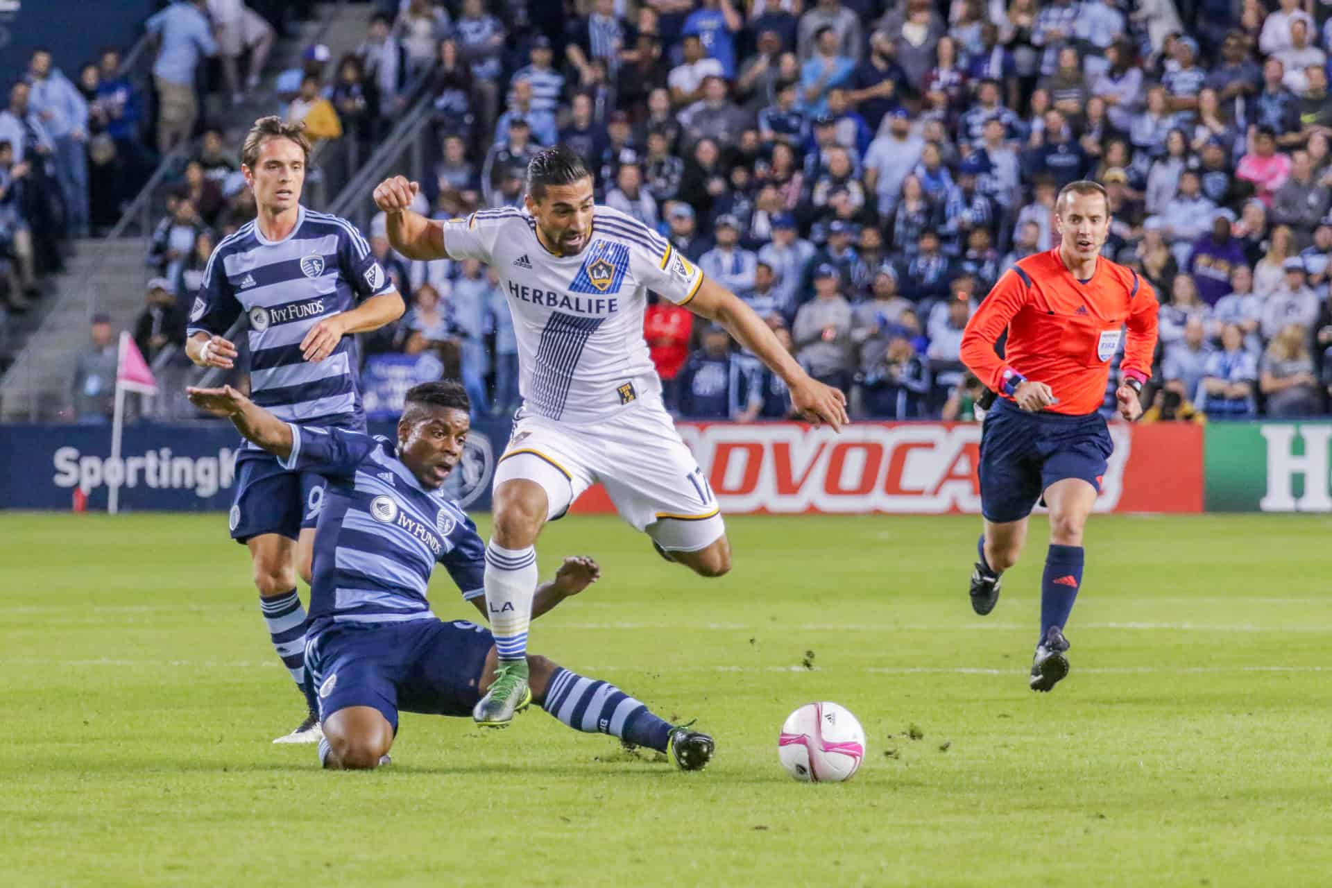 Sporting Kansas City is an American professional soccer club based in Kansas City Missouri playing its home games in Kansas City Kansas The club competes as a